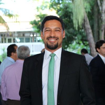 Senador Rodrigo Cunha ressalta o respeito à comunidade universitária