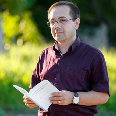 Programa Ufal e Sociedade 63 - Fernando Pimentel fala aos ouvintes sobre o Escola em todo lugar