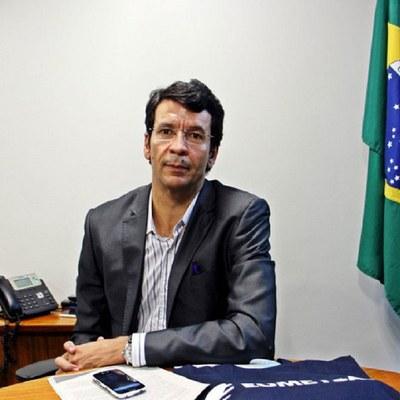 Ufal e Sociedade 62 - Humberto Barbosa é o entrevistado da semana